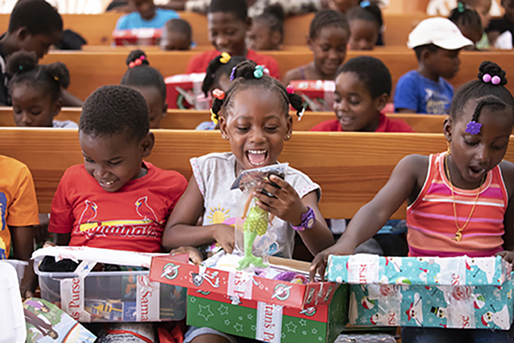 Write a prayer to put in your shoebox gift Operation Christmas Child Moms in Prayer International