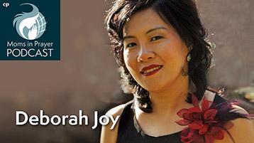 Praying mom, talk show host, concert pianist and speaker, Dr Deborah Joy